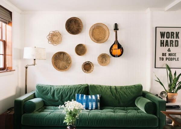 We love the way that Amber Ulmer has incorporated natural tones with pops of vibrant green.