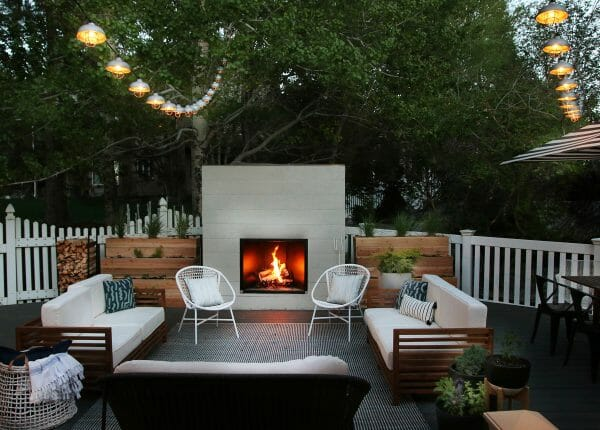 Chris Loves Julia put together a gorgeous backyard oasis complete with STRONG LIIIIIIGHTS! We love the lounge set-up comeplete with our Bene chairs.